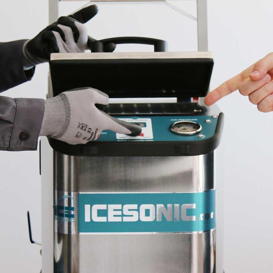 Obuči se za profesionalnog operatera kriogenog čišćenja